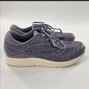 Saucony Kinvara 10 Running Shoe Women's 5.5 Purple